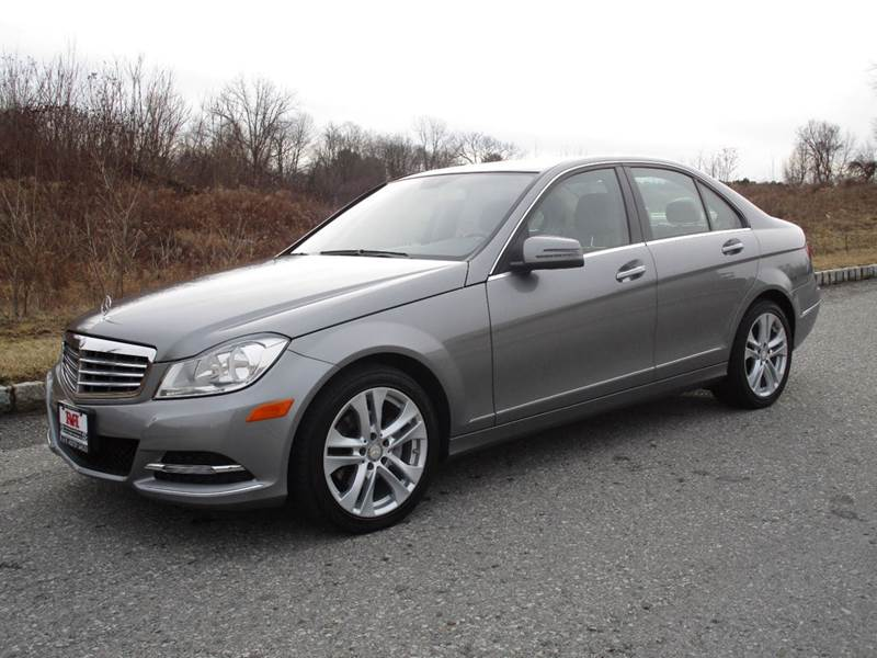 2012 Mercedes-Benz C-Class C 300 Luxury 4MATIC 4MATIAWD 4MATI4dr Sedan - Poughkeepsie NY