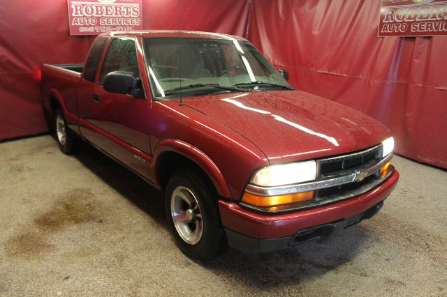 2002 chevrolet s10 for sale in latham ny for Payless motors lansing mi