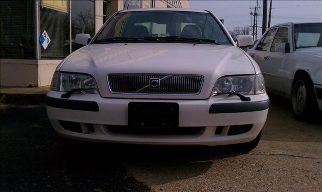 2001 Volvo S40 for sale in FREDERICKSBURG VA