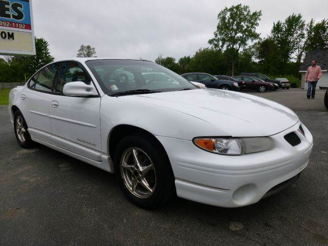 2000 pontiac grand prix gt 4dr sedan in allendale mi holtzlander auto sales. Black Bedroom Furniture Sets. Home Design Ideas