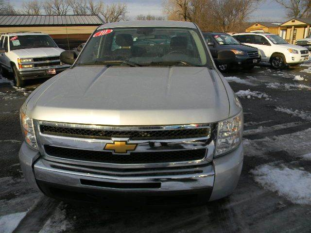 2010 Chevrolet Silverado 1500 4x2 Work Truck 2dr Regular Cab 8 ft. LB - Topeka KS