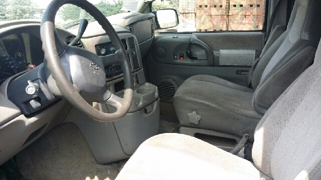 1998 Chevrolet Astro 3dr Extended Mini-Van - Florence KY