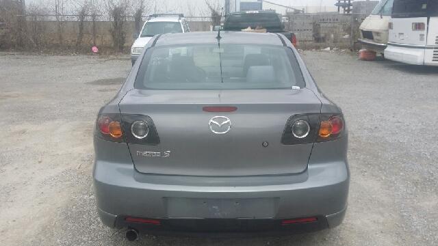 2004 Mazda MAZDA3 s 4dr Sedan - Florence KY
