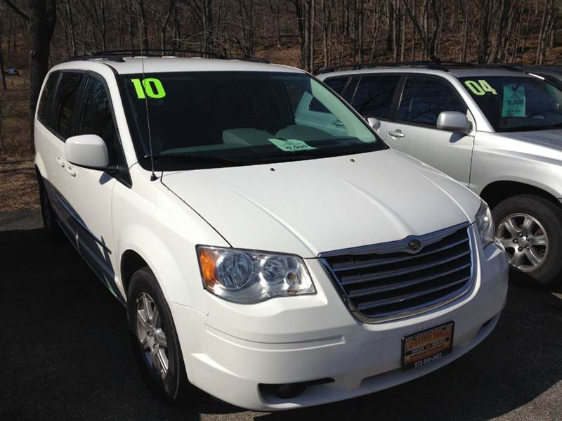 2010 chrysler town and country touring 4dr mini van in lafayette nj lafayette motors. Black Bedroom Furniture Sets. Home Design Ideas