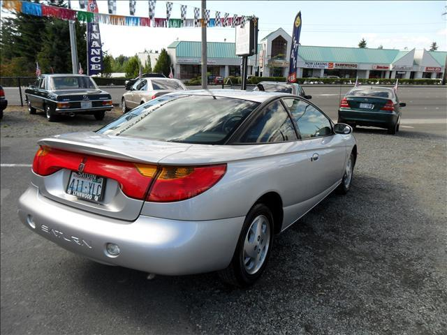 2002 saturn s series sc2 3dr coupe in lynnwood bothell. Black Bedroom Furniture Sets. Home Design Ideas