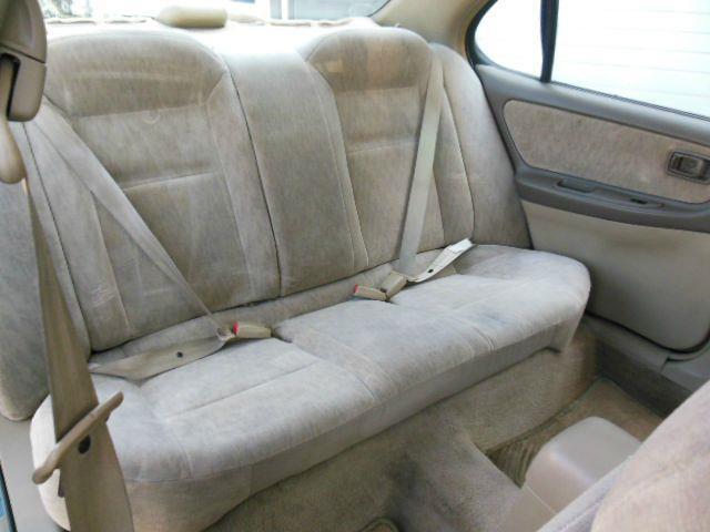 1998 Nissan Altima GXE 4dr Sedan - Lynnwood WA