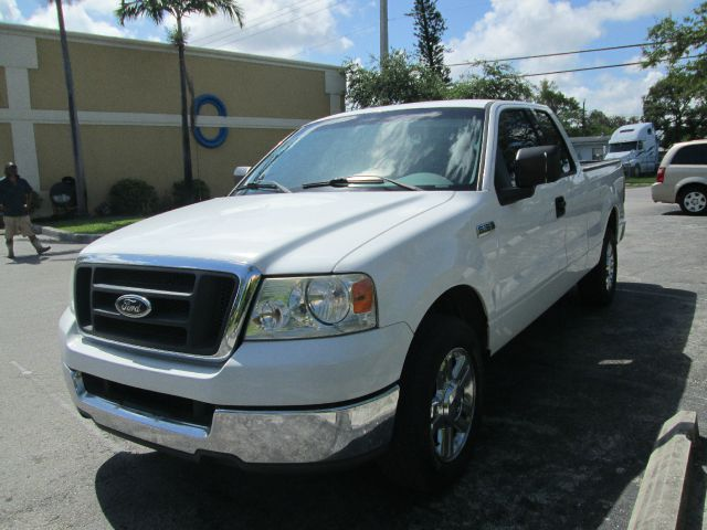 2004 ford f 150 xl supercab 2wd for sale in pompano beach dania deerfield beach transcontinental. Black Bedroom Furniture Sets. Home Design Ideas