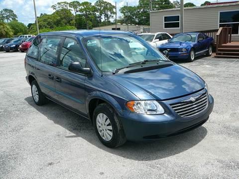 2002 Chrysler Voyager for sale in Port Richey, FL