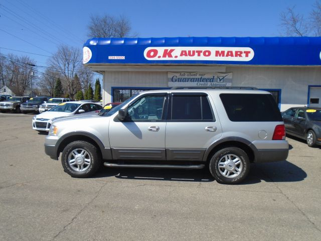 2006 FORD EXPEDITION XLT 4DR SUV 4WD silver third row seat   4wd  must see  100 point pre-sa