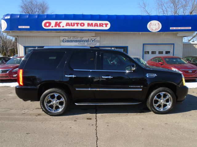 2007 CADILLAC ESCALADE BASE AWD 4DR SUV black 7 pass  leather loaded new tires 4wd  must