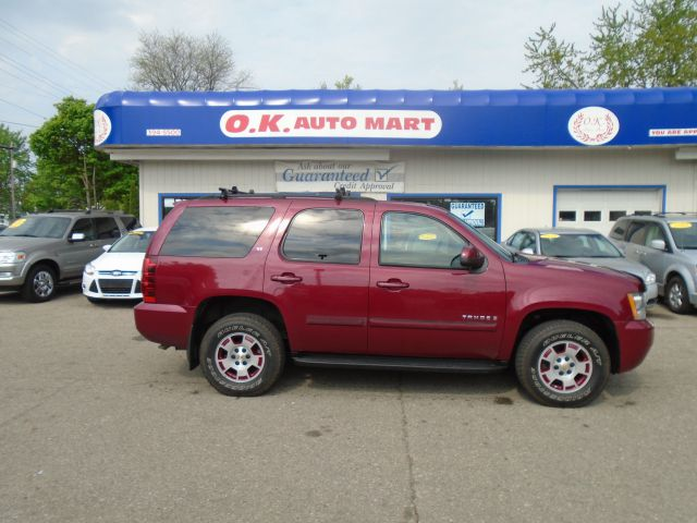 2007 CHEVROLET TAHOE LT 4DR SUV 4WD burgundy one owner  leather loaded  7 pass   autochec