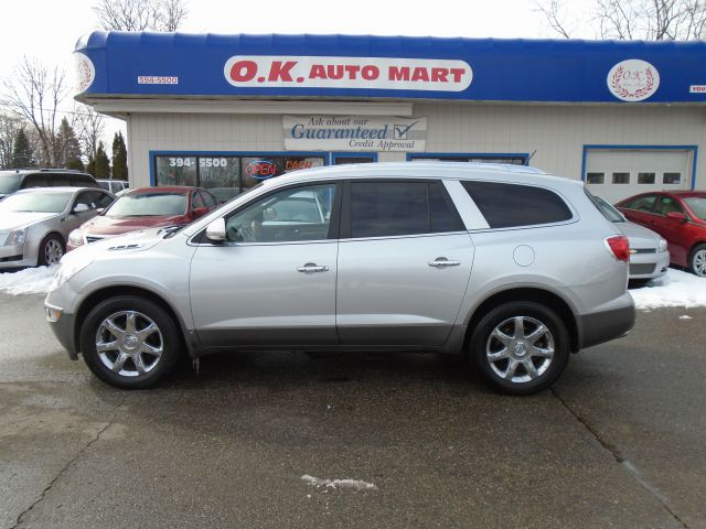 2009 BUICK ENCLAVE CXL AWD 4DR SUV silver 7pass  leather loaded  sun roof  back up camera