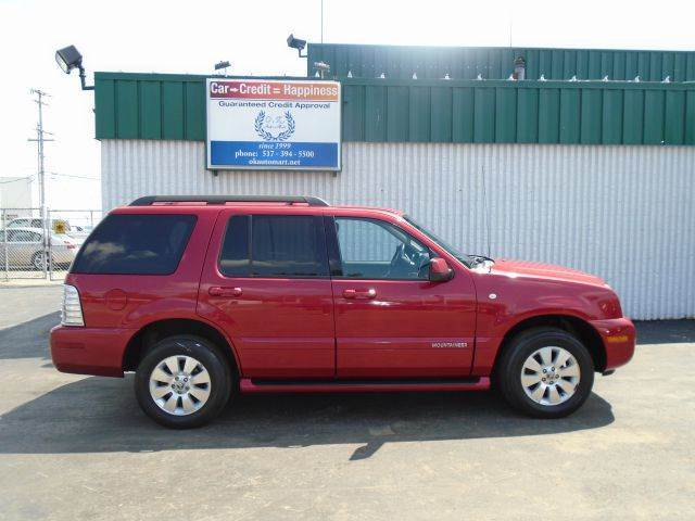 2008 MERCURY MOUNTAINEER BASE AWD 4DR SUV red leather  new tires  awd  must see 100 point