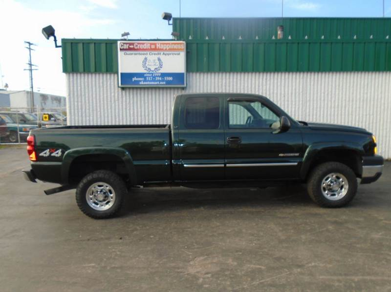 2006 CHEVROLET SILVERADO 2500HD LS 4DR EXTENDED CAB 4WD SB green low mile  autocheck score95