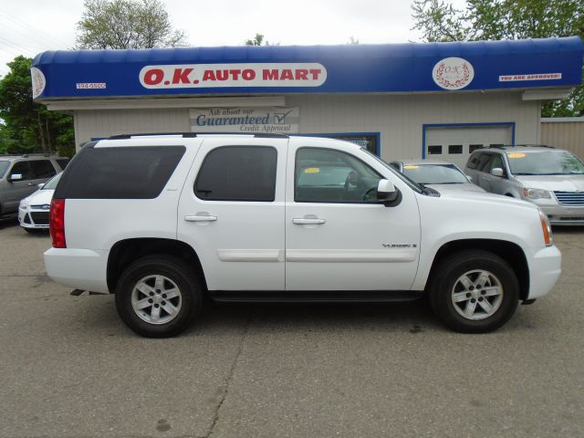 2007 GMC YUKON SLT 4DR SUV 4WD W4SB white leather loaded   4wd  must see there have been no