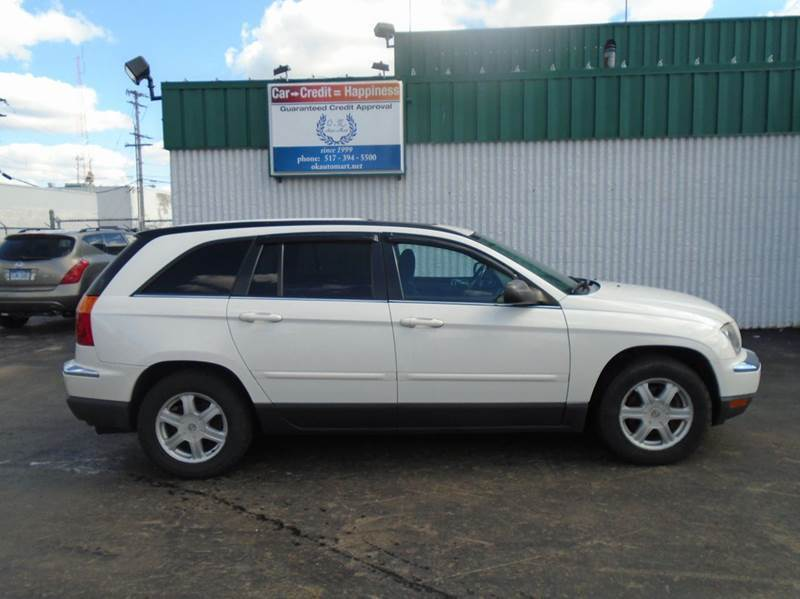 2005 CHRYSLER PACIFICA TOURING 4DR WAGON white low mile  7 pass  sun roof  must see 100