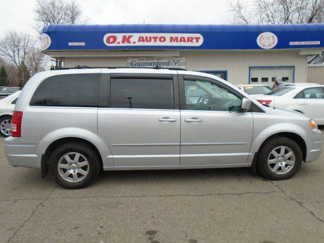 2009 CHRYSLER TOWN AND COUNTRY TOURING MINI VAN PASSENGER 4DR silver stow and go  sliding door