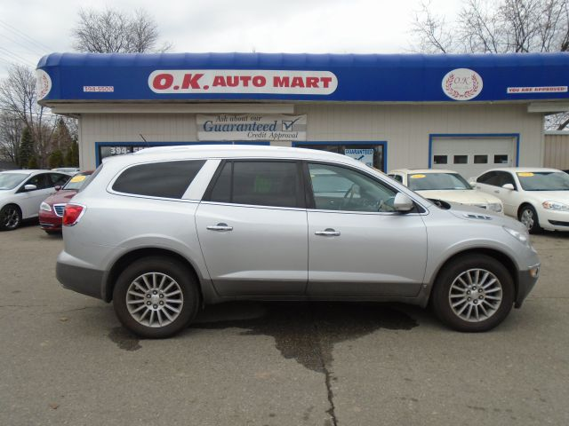 2009 BUICK ENCLAVE CXL AWD 4DR SUV silver leather loaded  7pass   awd  must see  there ha