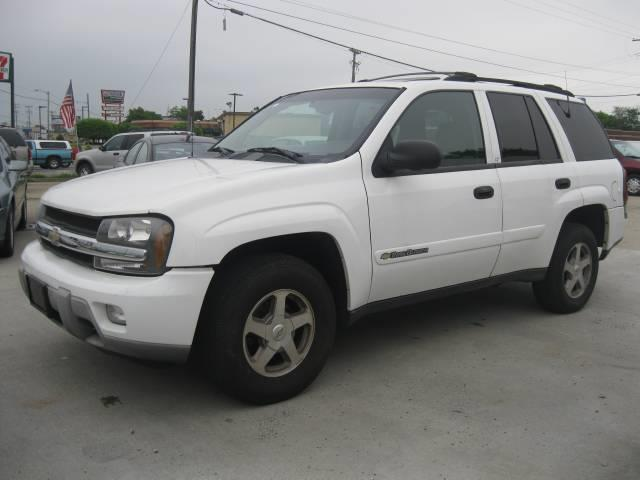 2003 Chevrolet TrailBlazer LTZ - Roseville MI