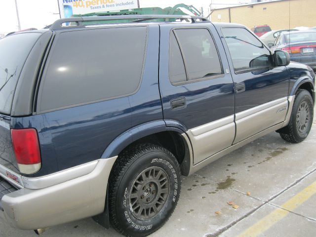 2000 GMC Jimmy SLE - Roseville MI