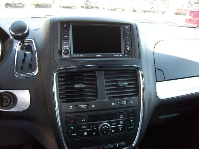 2011 Dodge Grand Caravan R/T 4dr Mini Van - Arcola IL