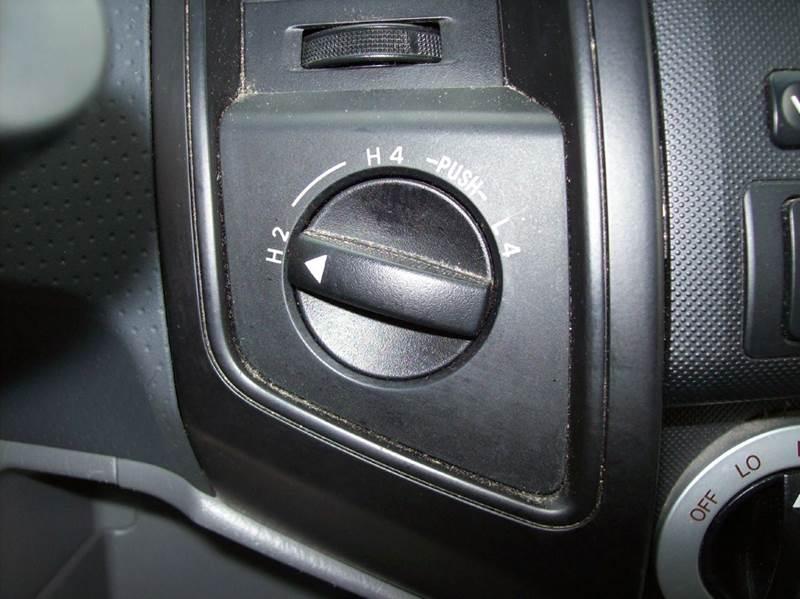 2006 Toyota Tacoma V6 4dr Access Cab 4WD SB (4L 5A) - Arcola IL