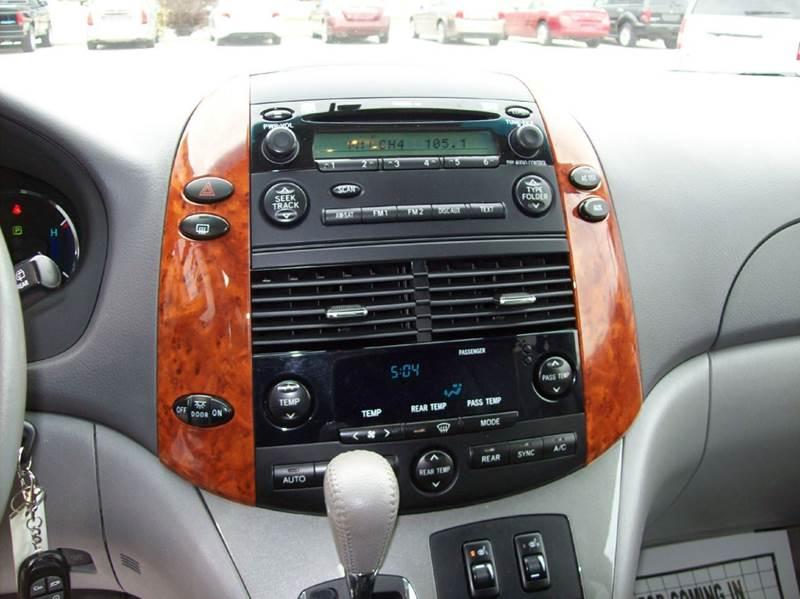 2010 Toyota Sienna XLE 7-Passenger 4dr Mini-Van - Arcola IL