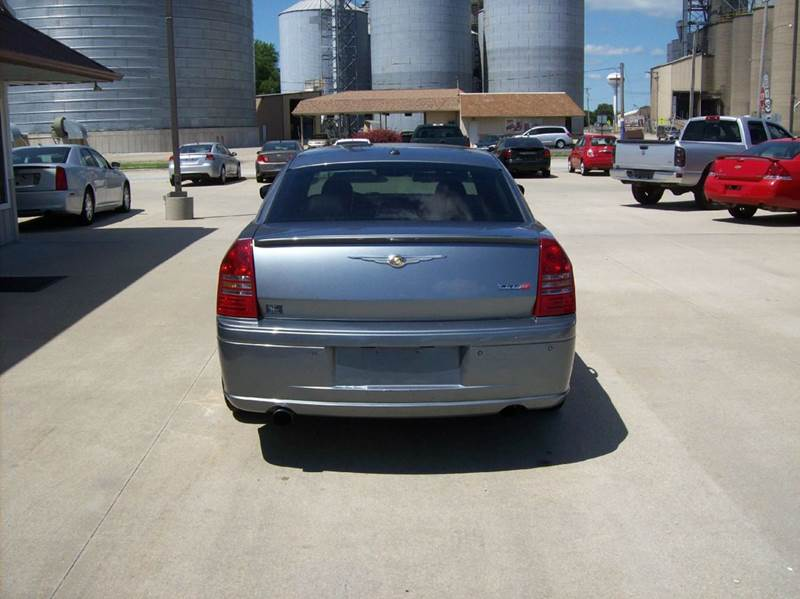 2006 Chrysler 300 SRT-8 4dr Sedan - Arcola IL