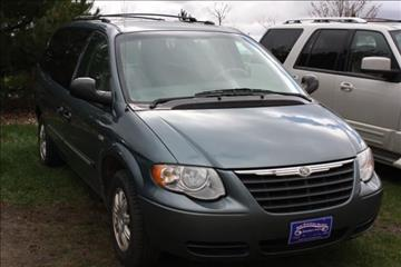 2006 Chrysler Town and Country for sale in Sheldon, IA
