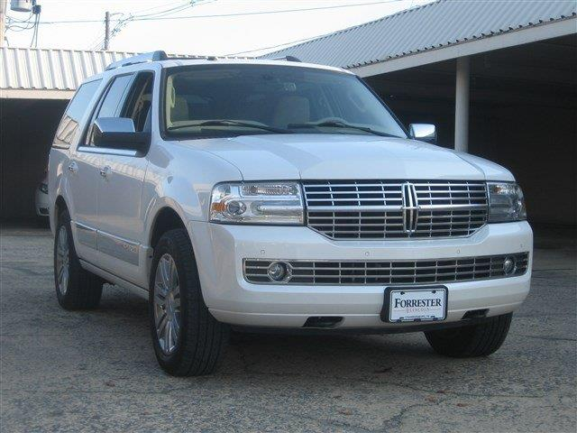 Used 2010 Lincoln Navigator For Sale Carsforsale Com