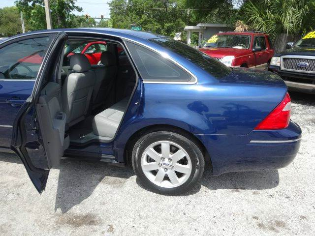 2006 Ford Five Hundred SEL 4dr Sedan - Largo FL