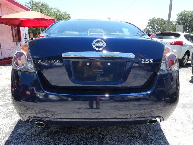 2009 Nissan Altima 2.5 S 4dr Sedan CVT - Largo FL