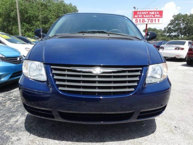 2005 Chrysler Town and Country 4dr Mini-Van - Largo FL