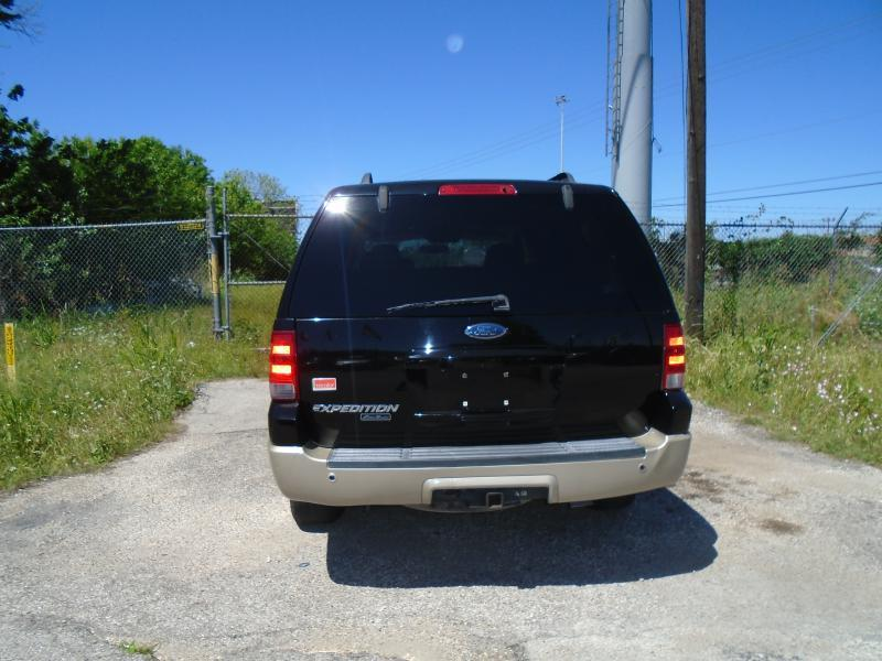 2006 Ford Expedition Eddie Bauer 4dr SUV In Houston TX