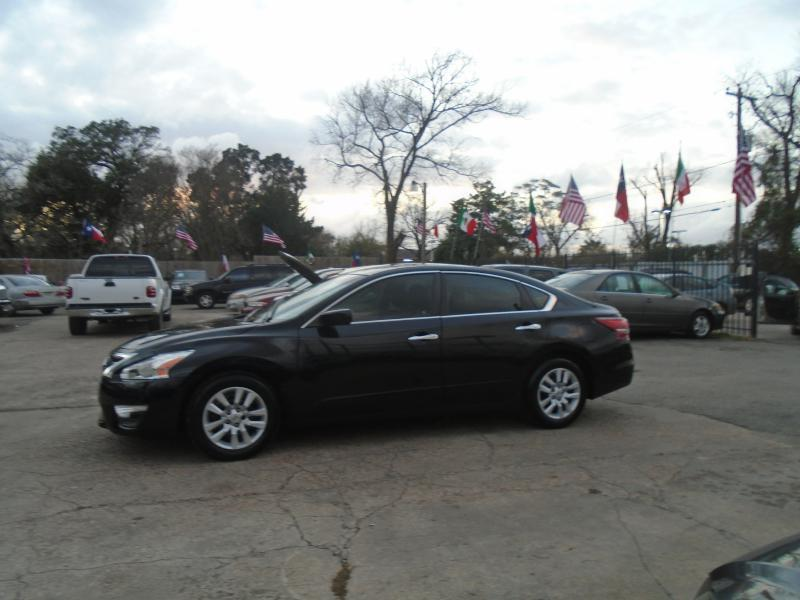 make in dealership compare the model new htm tx houston murano central nissan