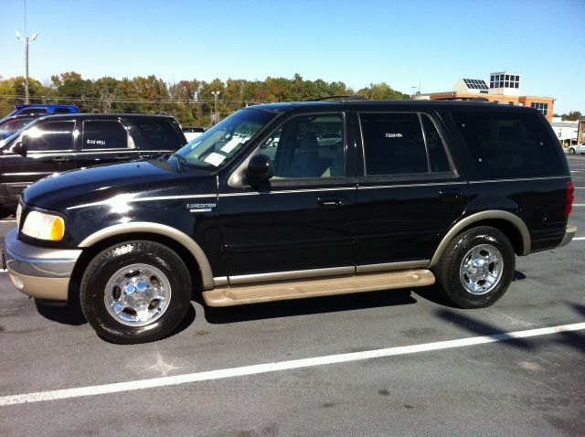 2000 ford expedition eddie bauer 2wd kingstree sc. Black Bedroom Furniture Sets. Home Design Ideas