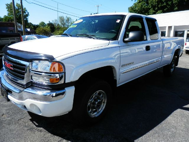 2005 GMC Sierra 2500 for sale