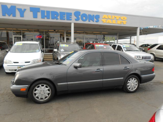 1996 mercedes benz e class e300d 4dr diesel sedan in for Mercedes benz elk grove