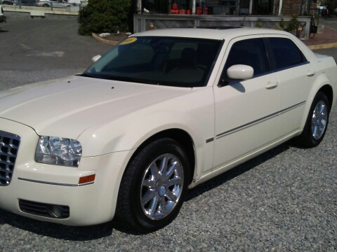 2008 Chrysler 300 for sale in Beverly, MA