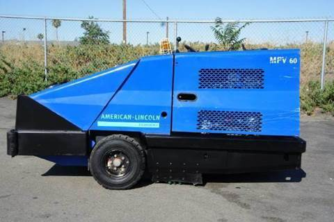 2002 American Lincoln Street Sweeper