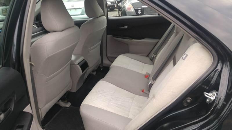 2014 Toyota Camry LE 4dr Sedan - Cudahy WI