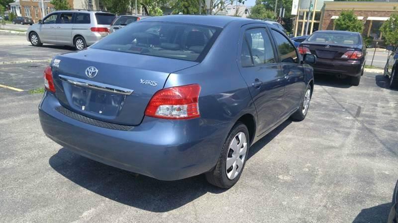 2009 Toyota Yaris 4dr Sedan 4A - Cudahy WI
