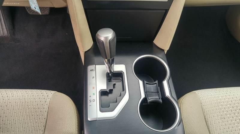 2013 Toyota Camry LE 4dr Sedan - Cudahy WI