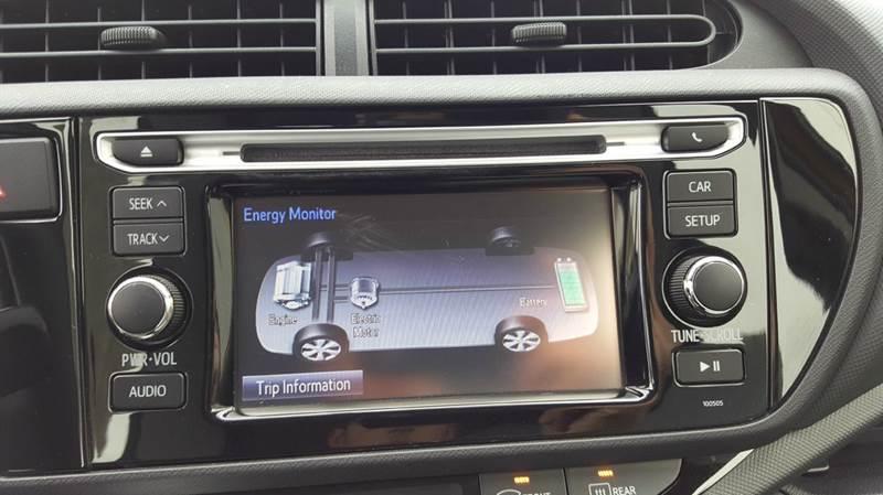 2015 Toyota Prius c Three 4dr Hatchback - Cudahy WI