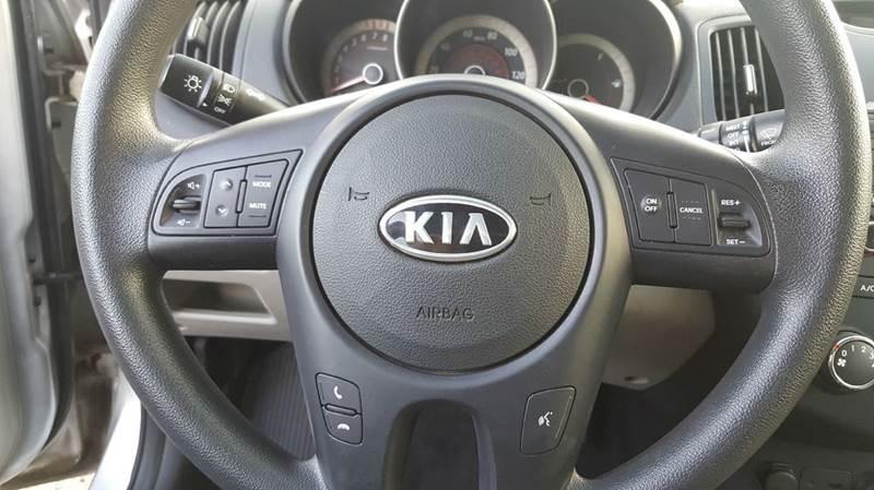 2011 Kia Forte EX 4dr Sedan 6A - Cudahy WI