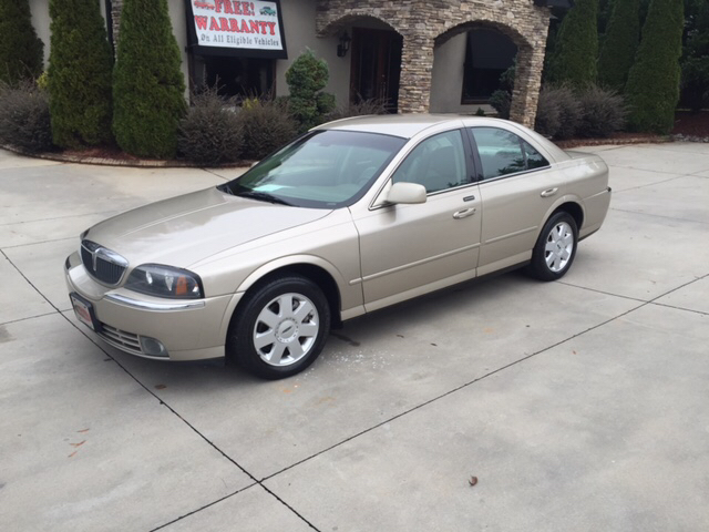 Lincoln for sale in amherst ma for Royal family motors canton