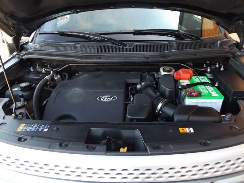 2014 Ford Explorer AWD XLT 4dr SUV - Derby KS