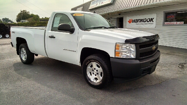 2009 chevrolet silverado 1500 4x4 work truck 2dr regular cab 8 ft lb in greeneville tn moores. Black Bedroom Furniture Sets. Home Design Ideas