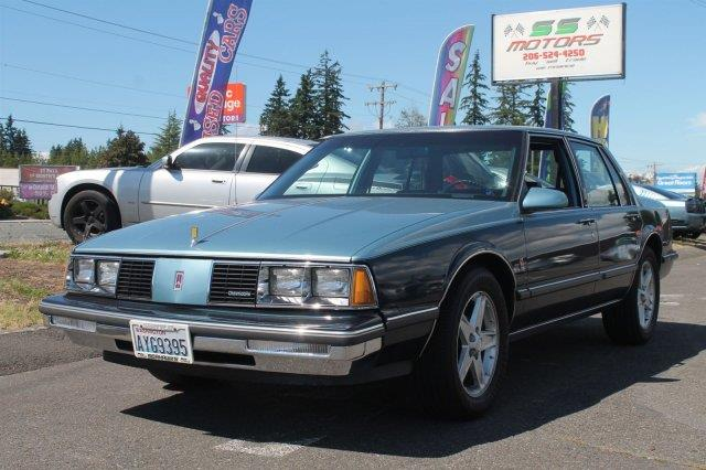 1986 Oldsmobile Delta Eighty-Eight Royale Brougham 4dr Sedan - Edmonds WA