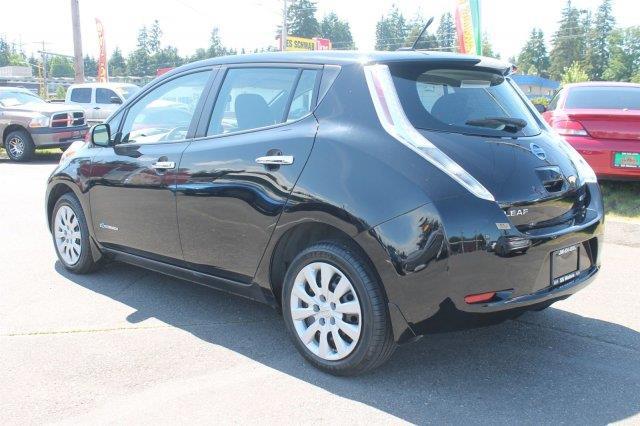 2013 Nissan LEAF S 4dr Hatchback - Edmonds WA